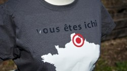 vousetesichi_shirt